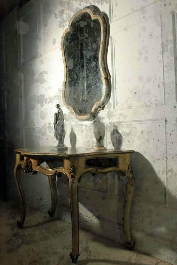 19Th Century Queen Ann Shaped Mirror