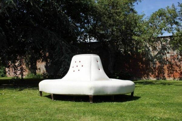 Very Large Conversation Seat